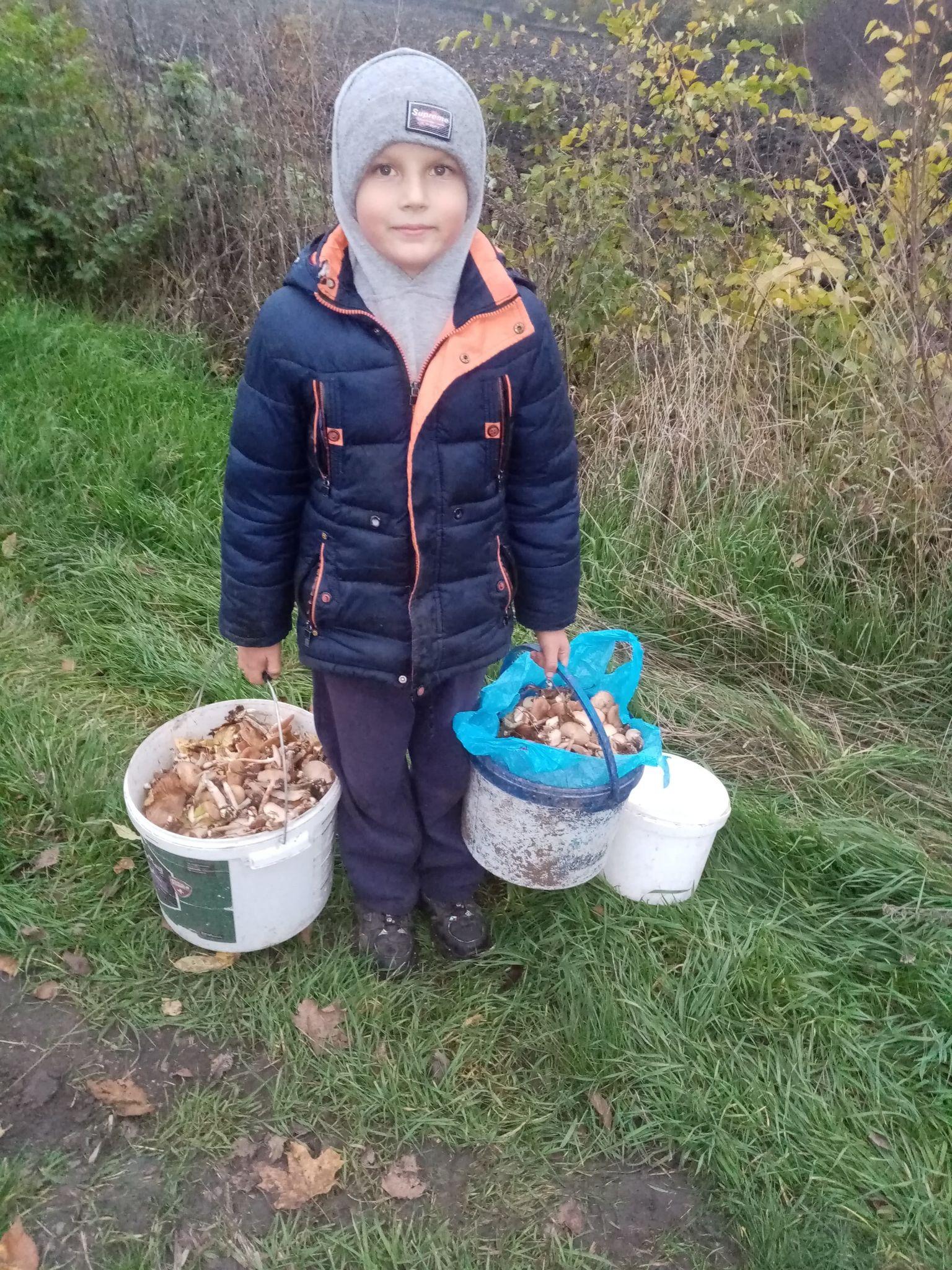 9-річний Міша Приказчик зі Здобутка, що на Тальнівщині, для своєї мами – справжній помічник