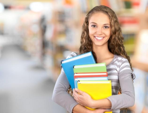 Понад пів сотні учнів-переможців інтелектуальних конкурсів області отримуватимуть стипендії ОДА